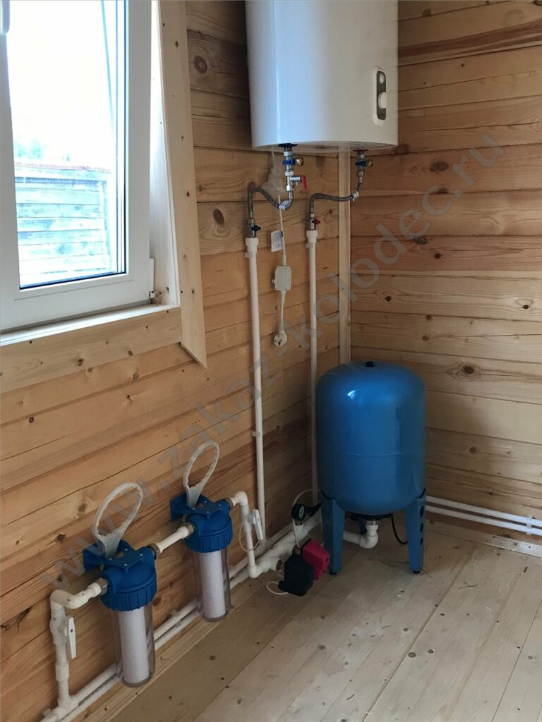 насос и накопитель для водоснабжения