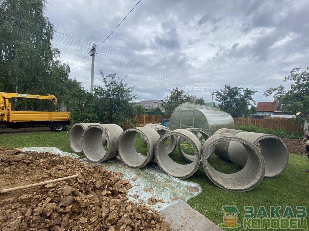 Процесс копки трехкамерного септика в Дмитровском районе